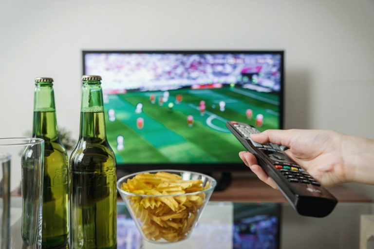 Reasons To Use A VPN With IPTV